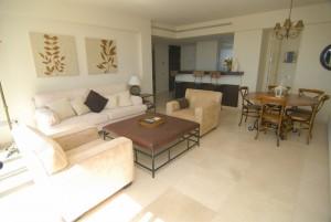 HOTPH3095_5_Living room I